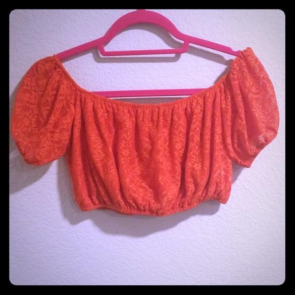 278ec01a8e9396 NWT Topshop Red Lace Crop Top